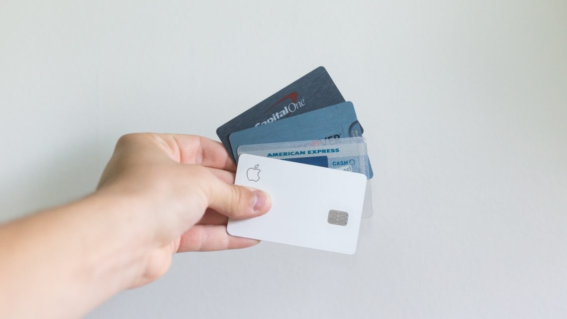 5 Reasons to Use Your Credit Card More