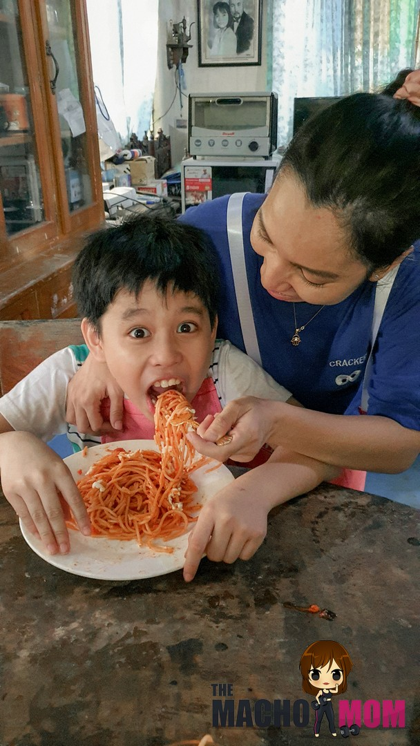 Using Purefoods Slow-cooked Spaghetti Sauce for Yummy Spag in 10 Minutes!