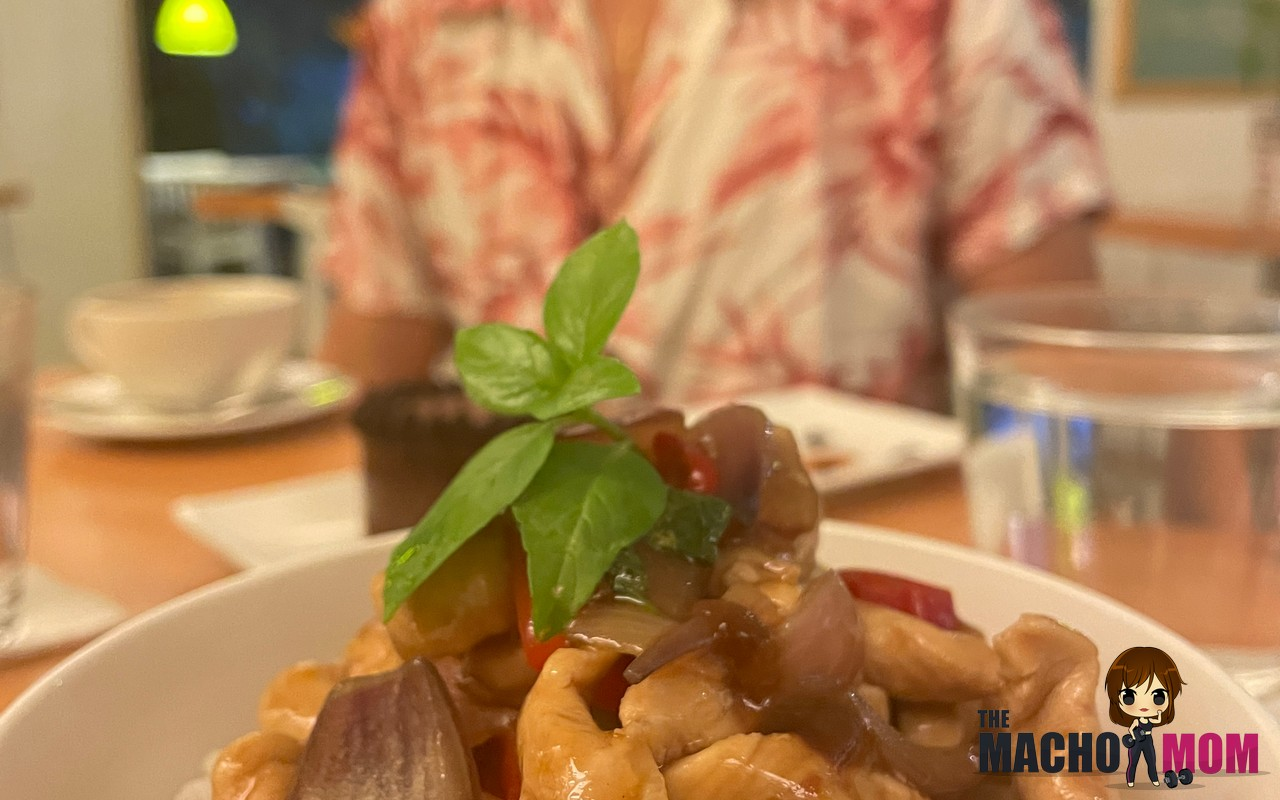 Where to Eat Good Food in Boracay (2021)
